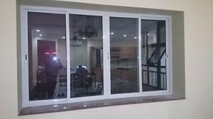 Cửa sổ mở trượt 4 cánh nhôm Xingfa hệ 93